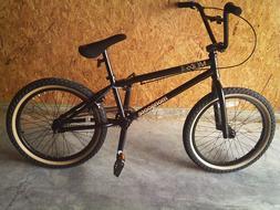 20' mongoose 900 boys freestyle bike