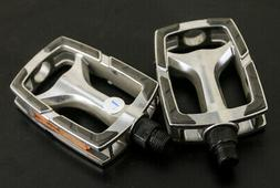 "Aluminum Platform Hybrid Bike Pedals 9/16"" 3.75 x 2.6"" New T"