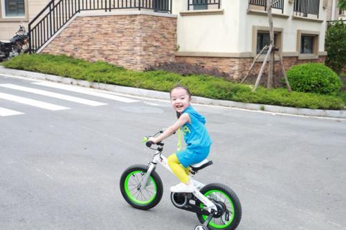 """RoyalBaby CubeTube 14"""" Bicycle Kids, Blue"""