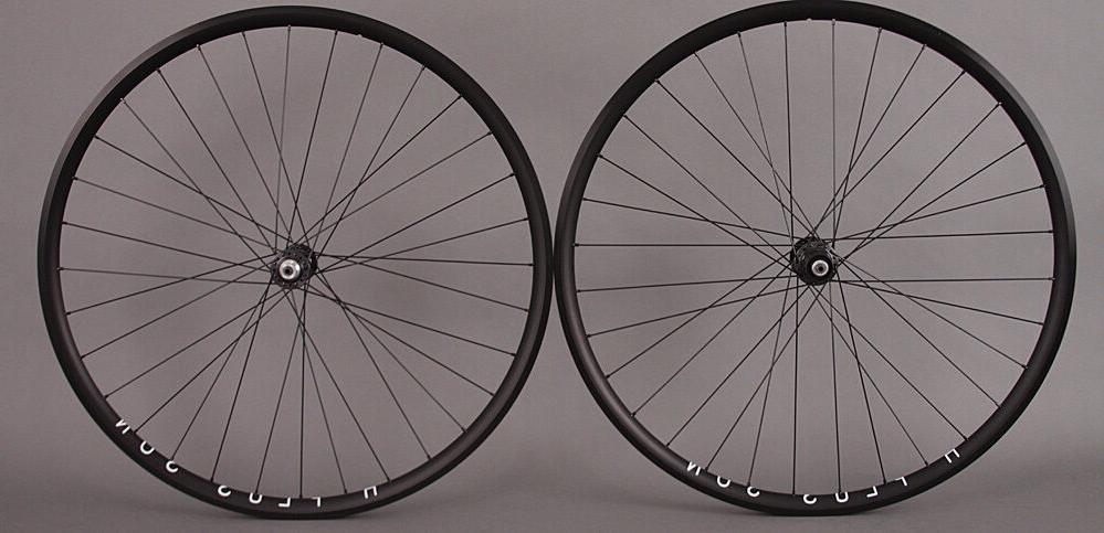 H Plus Son Archetype Black Rims Shimano 105 Road Bike Wheels