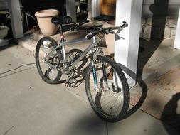 Men's Caloi Team XT X-C series 21 speed bicycle