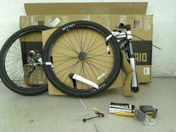 """Diamondback Overdrive V 29er Mountain Bike 29"""" Wheels 16"""" Fr"""